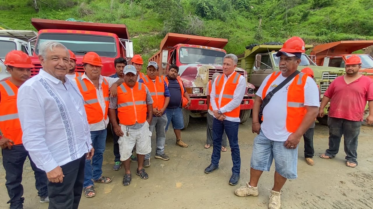 Compromiso de renovar camiones de volteo