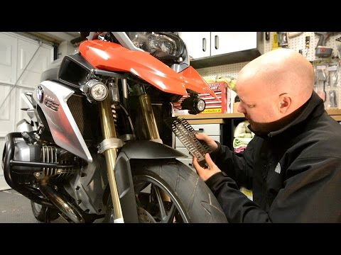Fitting Radiator Guards to the BMW R1200 GS