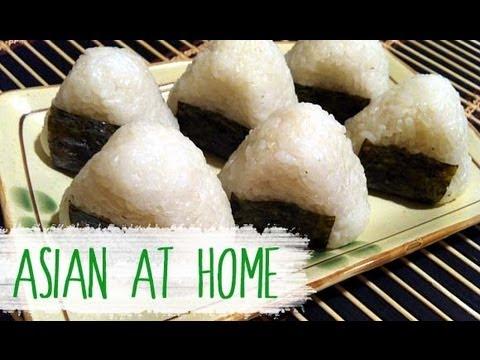 Rice Ball (Jumeogbap/Onigiri) Bento Idea