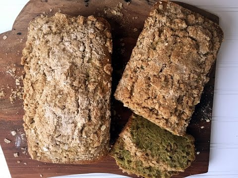 ZUCCHINI BREAD WITH BROWN SUGAR & OAT CRUMBLE