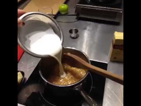 Salted caramel for dipping apples