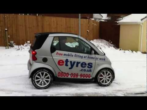 Smart Car in the snow with winter tyres