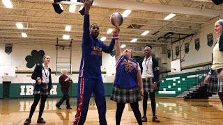 Girl With Down Syndrome Honored by Harlem Globetrotters