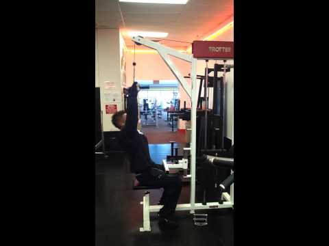 Big lat pull downs for big wide back. GET SOME