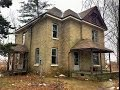 Urban Exploration: Abandoned Squatter Farmhouse