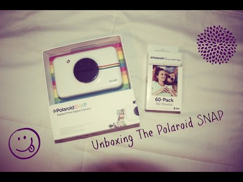 Unboxing Polaroid SNAP and how it works | Emily Renee