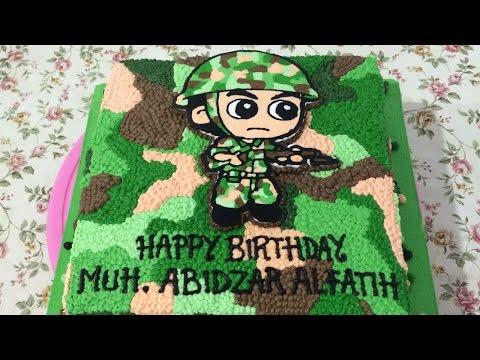 Little Soldier Cake Buttercream Transfer How to Make