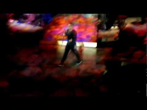Robbie Williams - CANDY - Live at O2 Arena London 22.11.2012 - Take the Crown