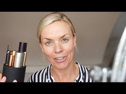 A quick everyday make up tutorial using pen pot make up products