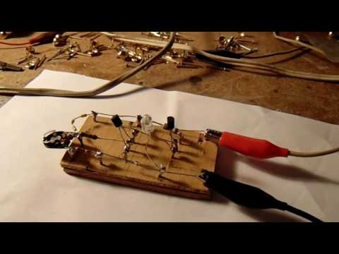 Low voltage 12 V car battery warning circuit (2 transistor) schematic