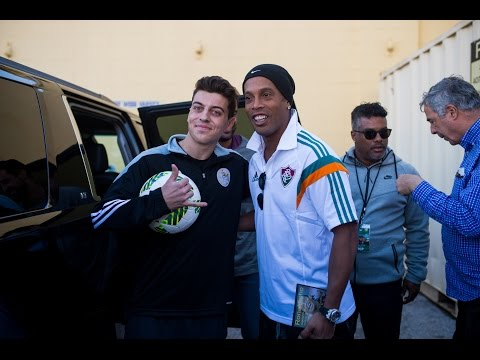 FREESTYLE with RONALDINHO!!