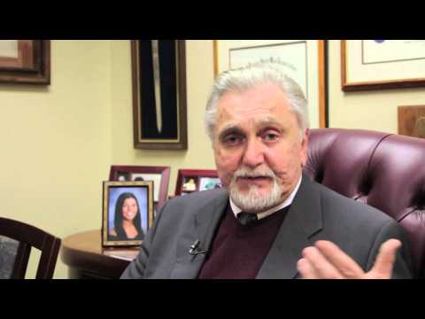 How to get a Green Card for your parents - Immigration Lawyer Moses Apsan