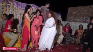 DIVYA WEDDING PARTY MUJRA DANCE 2016