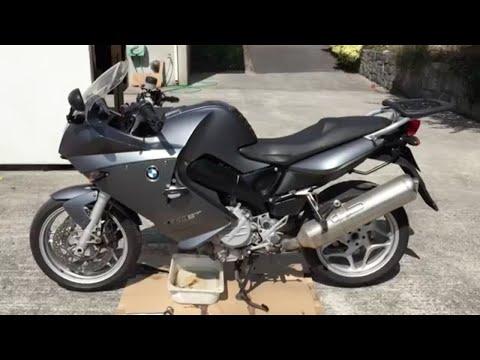 BMW F800ST Oil Service