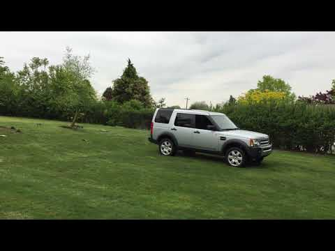 Land Rover LR3 ripping stump out with ease