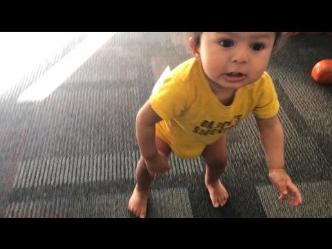 BABYS FIRST STEPS!!