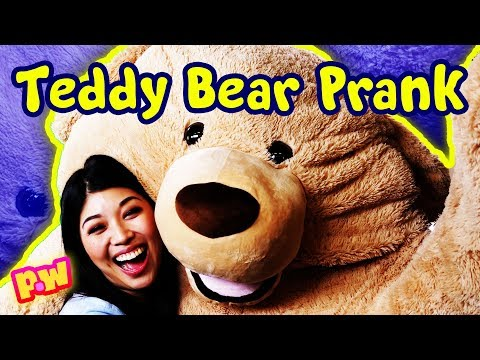 FUNNY PRANK in Teddy Bear costume! How to Prank Your Friends Scare Prank ~ pocket.watch