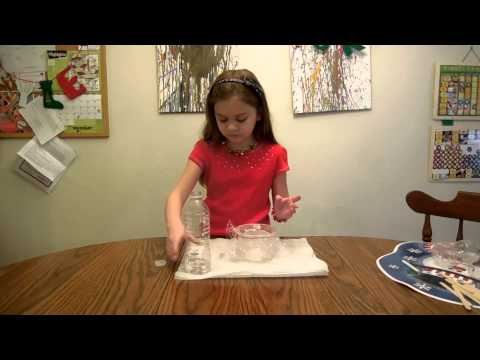 How to make a magnifying glass from household objects