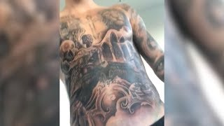 What's The Story Behind Justin Bieber's New Torso Tattoo? | What's Trending Now!