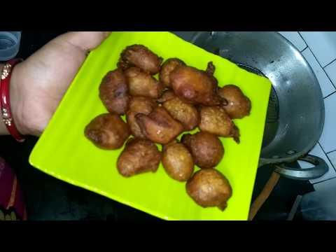 how to make Meethe pooye, gulgule recipe at home, easy indian recipe , quick n tasty sweet dish