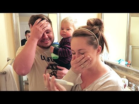 PREGNANCY TEST REACTION!
