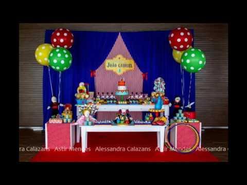 Circus birthday party decorating idea