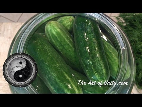 Best Tasting Fermented Dill Pickles - Easiest Recipe & Benefits