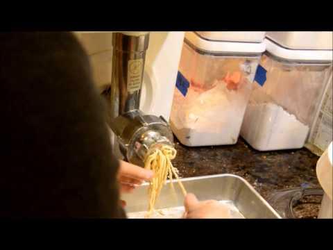 Bosch Universal Plus Mixer Pasta Attachment Noodle Making 攪拌機麵條配件試用