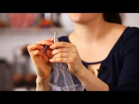 How to Fill a Pastry Bag with Frosting | Cake Decorating
