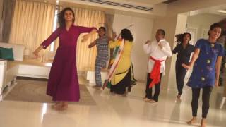 MOHAN SISTERS WITH FAMILY FOR #HAPPYDANCEDAYCHALLENGE