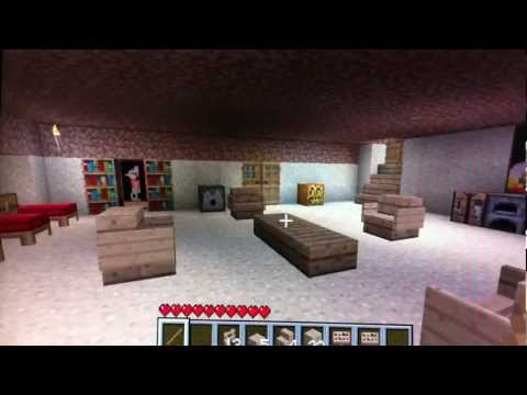 How to make chairs/tables in Minecraft (Xbox)