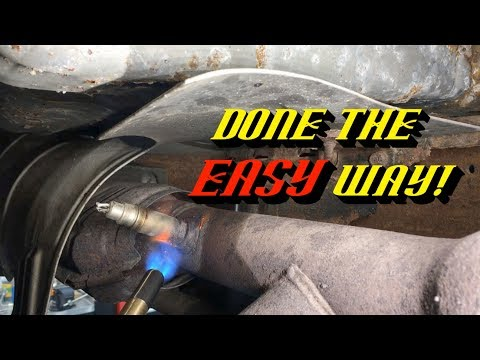 Ford Quick Tips #81: Removing Rusted Stuck Oxygen Sensors the Easy Way!