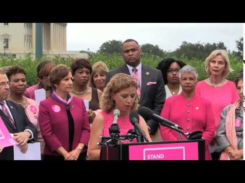 "More Than 2 Million ""I Stand With Planned Parenthood"" Petition Signatures Delivered to Congress"