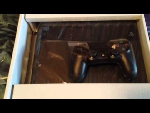 Canada unboxing of Playstation 4 - Part 1.mp4