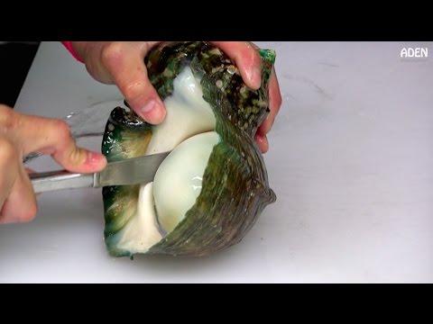 Seafood in Okinawa - Street Food in Japan