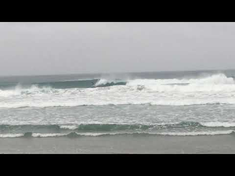 Surfing Cyclone Hola, Omaha Beach NZ 12/03/2018