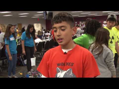 Hundreds of middle-school students gather for the Robotics State Championship | Cronkite News