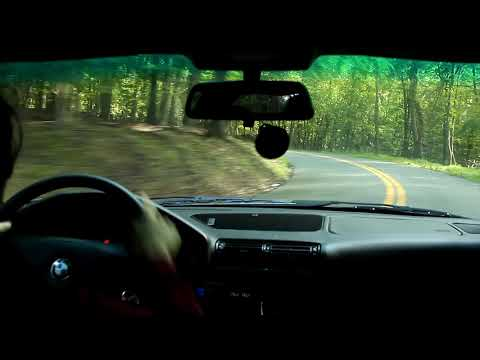 Mountain Drifting! Near Miss and Crash! BMW E34 540i
