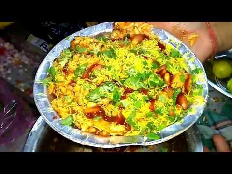 बाजार में भेलबूरी कैसे बनती है (Live Making of Bhel Puri in Market) (Hindi) (1080p HD)