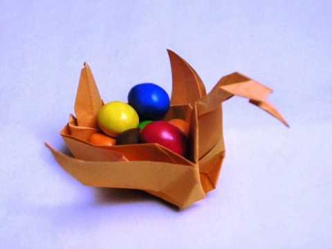 How to make Ku-Ku's Dad's Origami Basket Swan