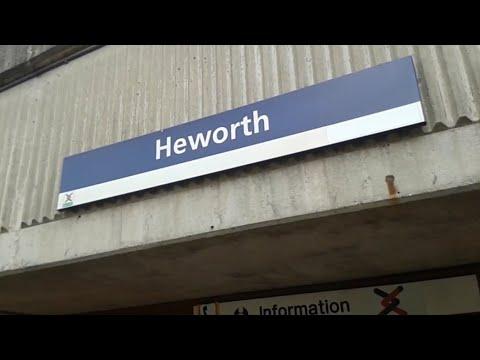 Trains at: Heworth Interchange (23/10/17)