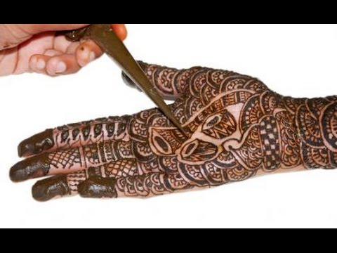 How to apply henna tattoo on your hand.