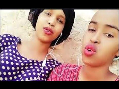 Xxx Mp4 YAAB Wiil Iyo Gabar Somali Ah Live Iska Duubaya Ayaga Bashaali 3gp Sex