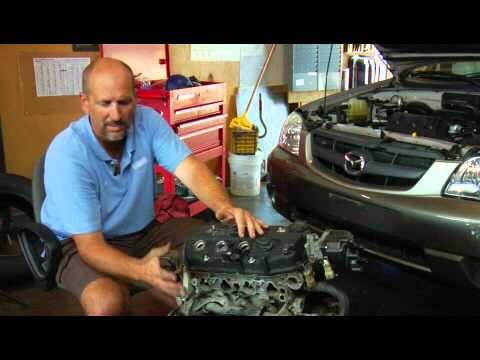 How to Determine if an Oil Leak From a Car is From the Valve Cover Gasket