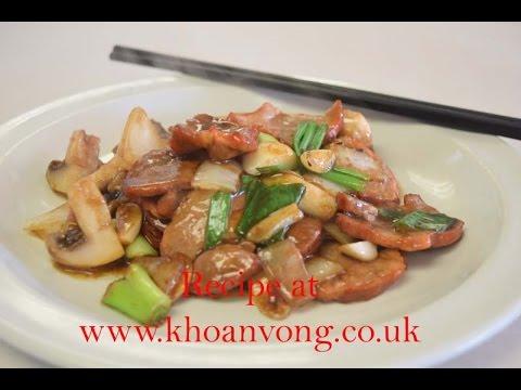 Stir fry chinese pork (char siu) mushroom