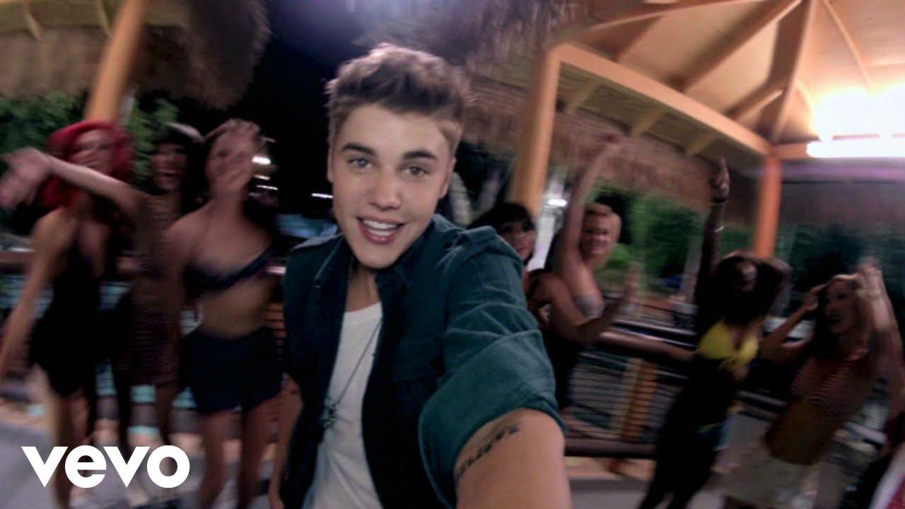 Justin Bieber - Beauty and a Beat (feat. Nicki Minaj)