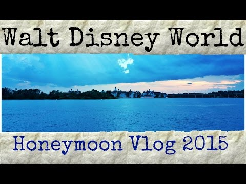 Short Vlog of Epcot & Dinner at Wilderness Lodge!