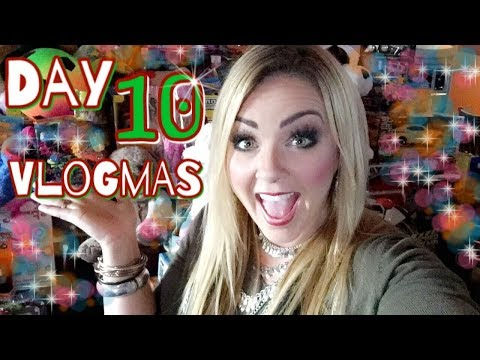 Vlogmas 2017 Day 10 |  Toy Drives And Work Parties!