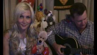 Download Ozi (Ozlem Topses) singing her favorite country song ″I'VE BEEN EVERYWHERE MAN″ Video