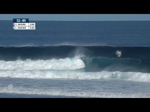 Carissa Moore Gets Pitted for Perfect 10